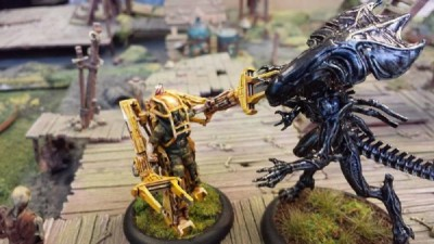 Unboxing Alien vs Predator : USMC Powerloader