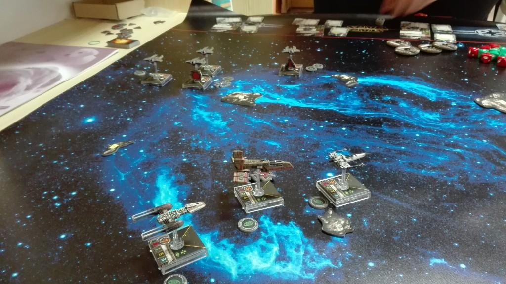 Grandiózní X-Wing na critical (1)